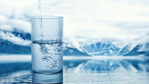 Water-Concept-Mineral-Pouring-Background-Clear-Drink-715x403